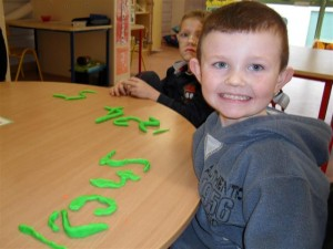 making number with playdoh